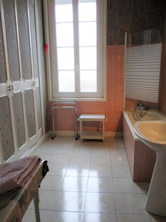 Sale house / villa Etaules 176800€ - Picture 6