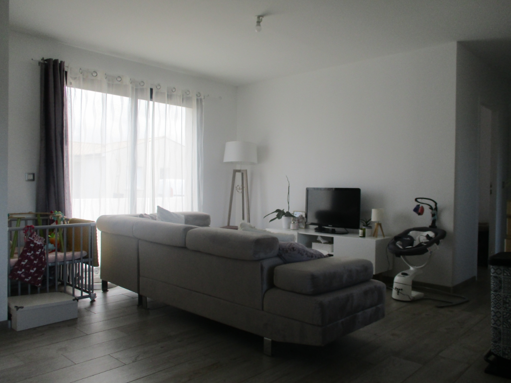 Sale house / villa Chaillevette 187200€ - Picture 3