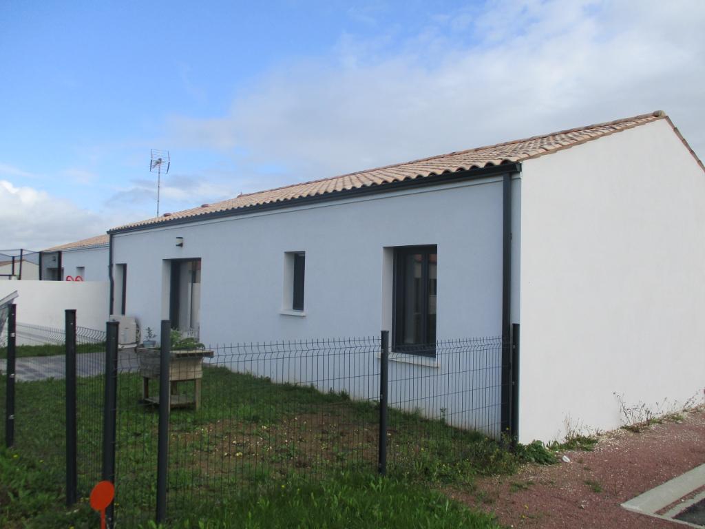 Sale house / villa Chaillevette 187200€ - Picture 6