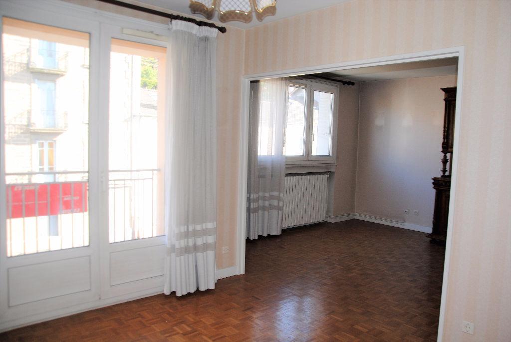 Saint chamond appartement f5 2 balcons garage saint for Garage triolaire st chamond