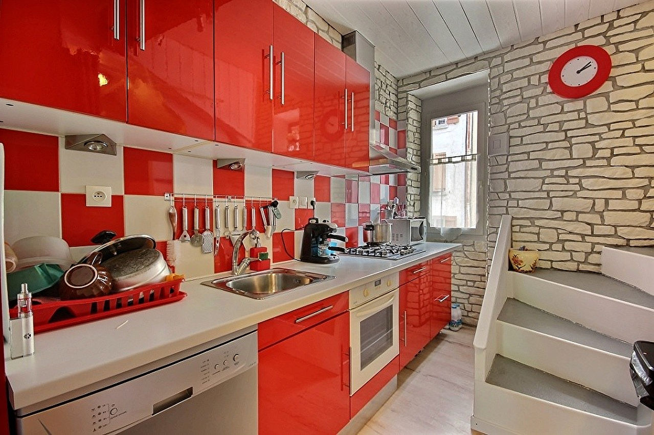 maison de village trans en provence trans en provence 83720. Black Bedroom Furniture Sets. Home Design Ideas