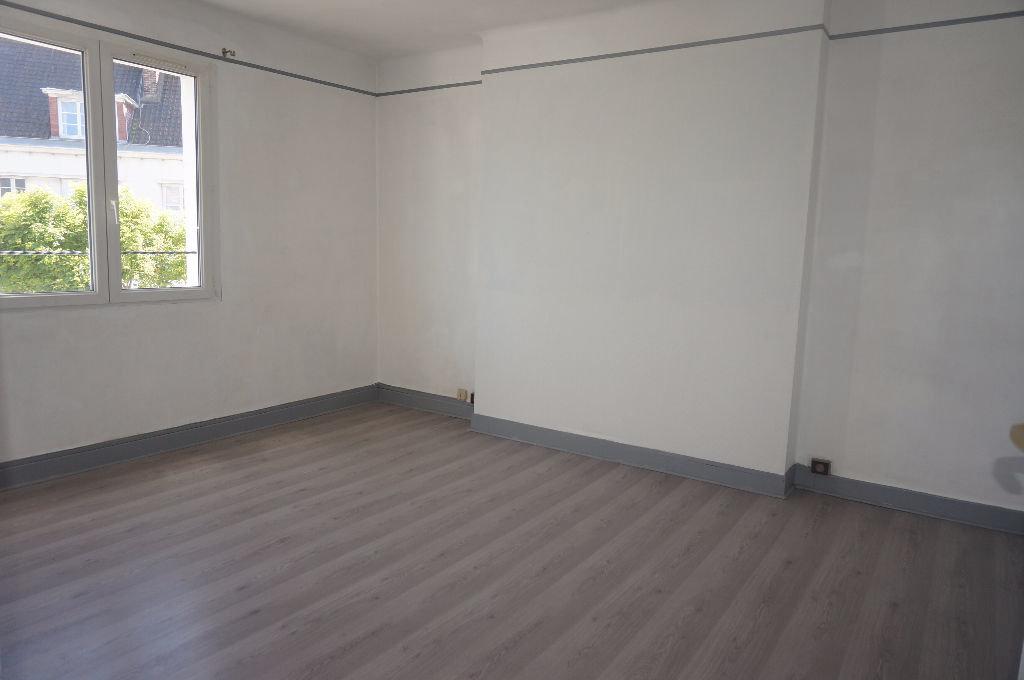 photo de Appartement Calais 2 pièce(s) 45 m2