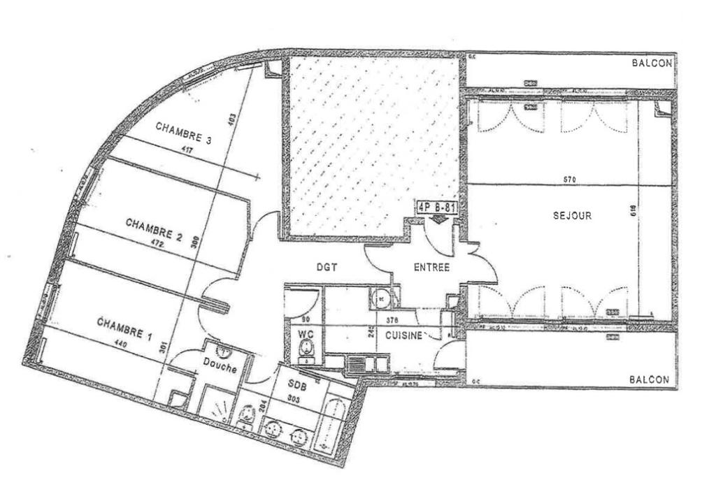 A Vendre 5 Pieces avec Terrasses et Parkings Faubourg de l'Arche