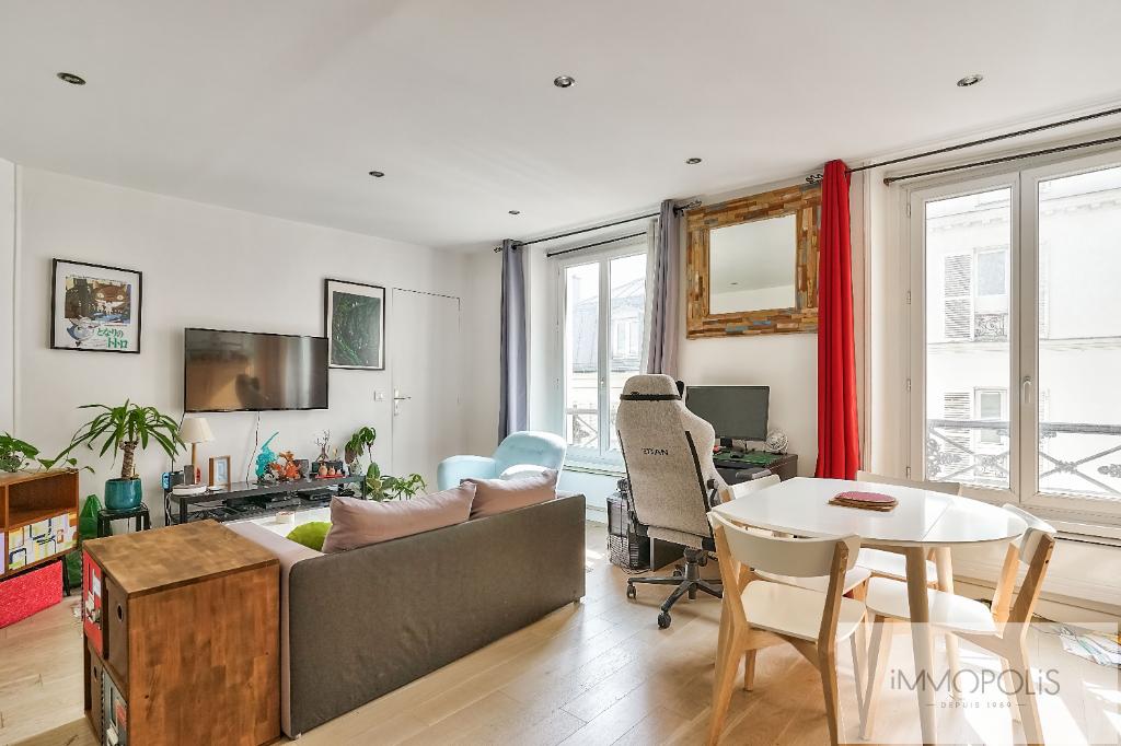 Vente Appartement de 2 pièces 35 m² - PARIS 75018   IMMOPOLIS RAMEY - AR photo1