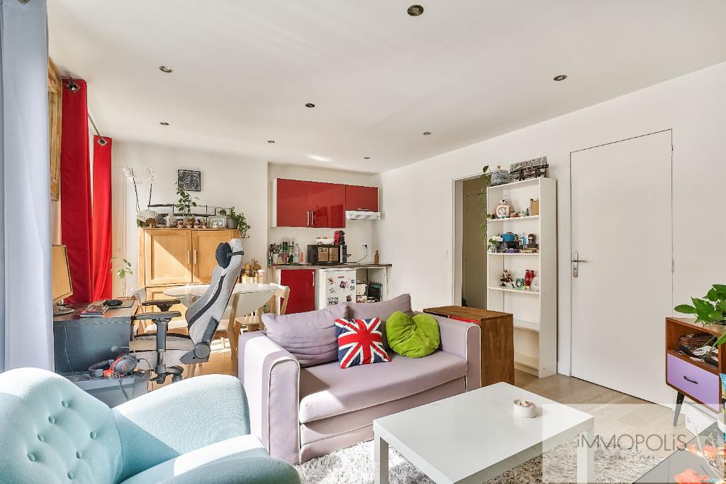 Vente Appartement de 2 pièces 35 m² - PARIS 75018   IMMOPOLIS RAMEY - AR photo2