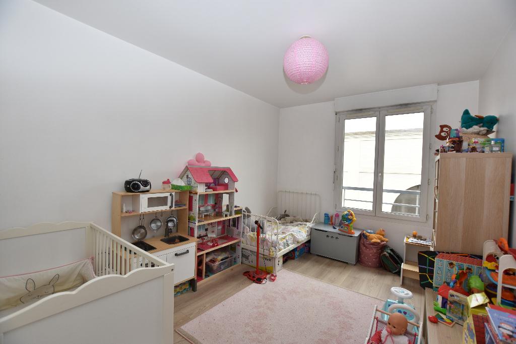 Vente Appartement de 3 pièces 59 m² - SAINT OUEN SUR SEINE 93400   LBI - AR photo3