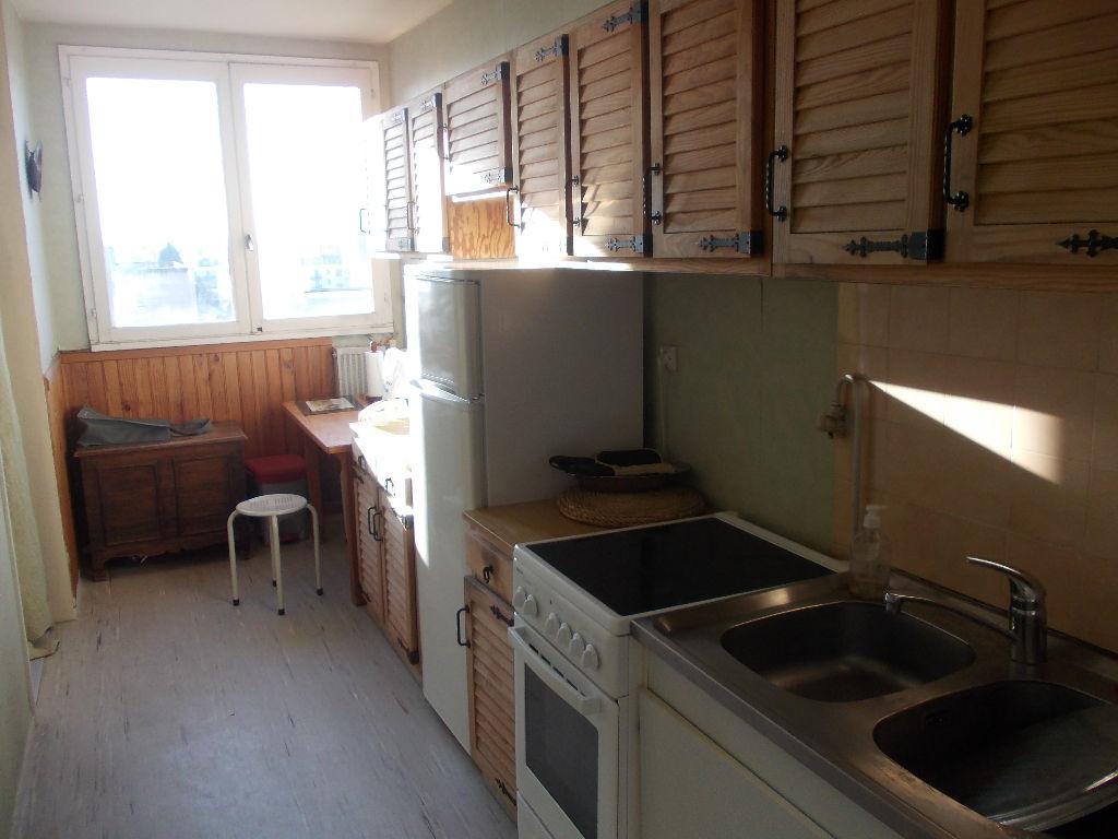appartement compiegne 2 pi ce s m2 compi gne 60200. Black Bedroom Furniture Sets. Home Design Ideas