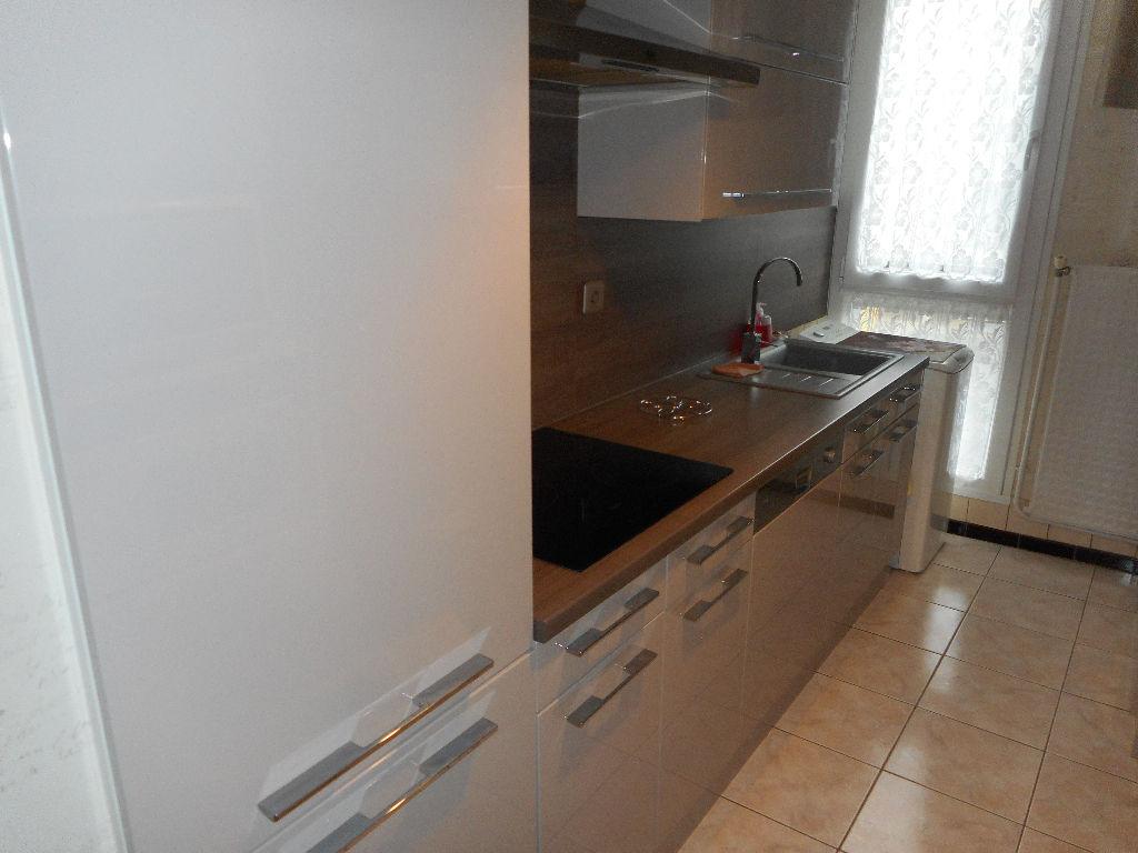 Appartement Compiegne 4 pièce(s) 85 m2  ( 6)