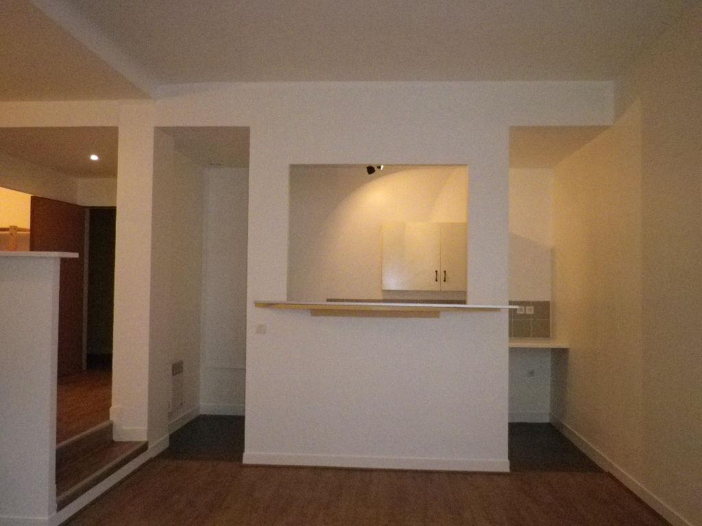 Appartement Compiegne 2 pièce(s) 60 m2  ( 6)