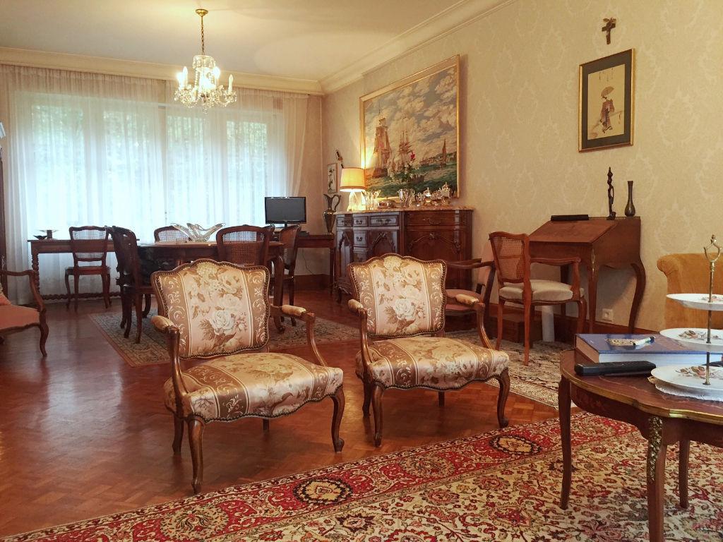 belle maison bourgeoise 1950 de 200m2 quimper 29000. Black Bedroom Furniture Sets. Home Design Ideas