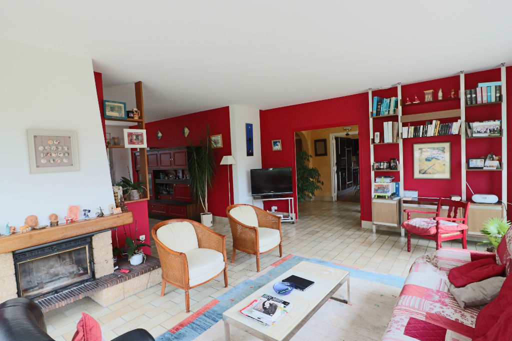 maison quimper quimper 29000. Black Bedroom Furniture Sets. Home Design Ideas
