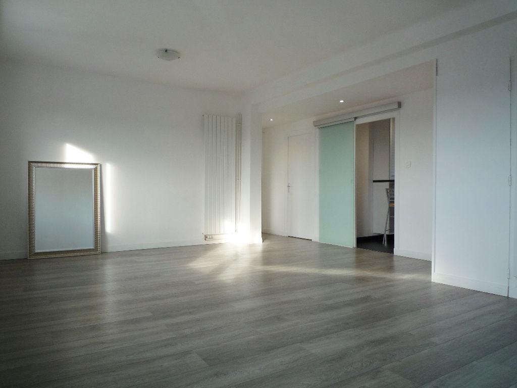 photo de Appartement Quimper 3 pièce(s) 69 m2
