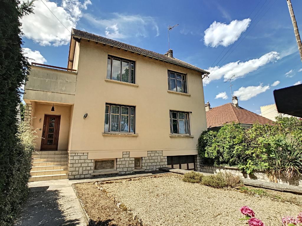 Maison Melun 8 pièce(s) 158 m2
