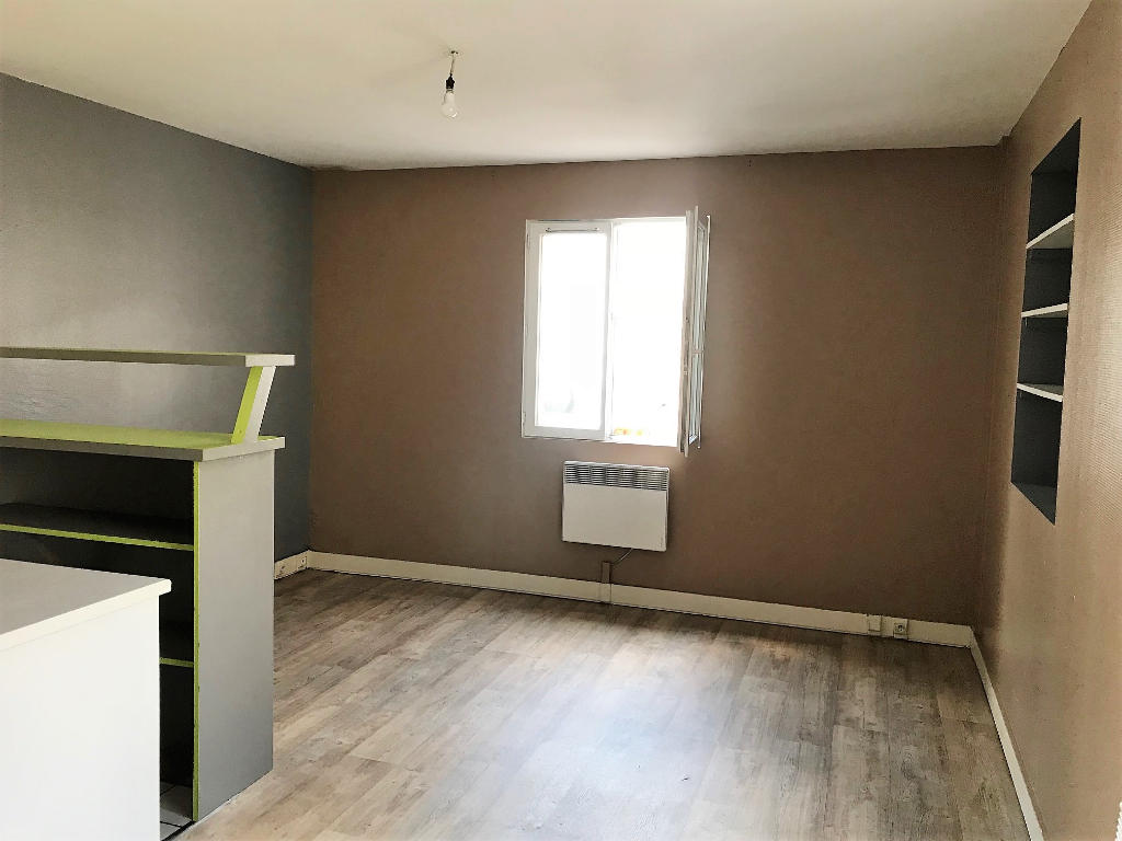 Location appartement Melun 463€ CC - Photo 1