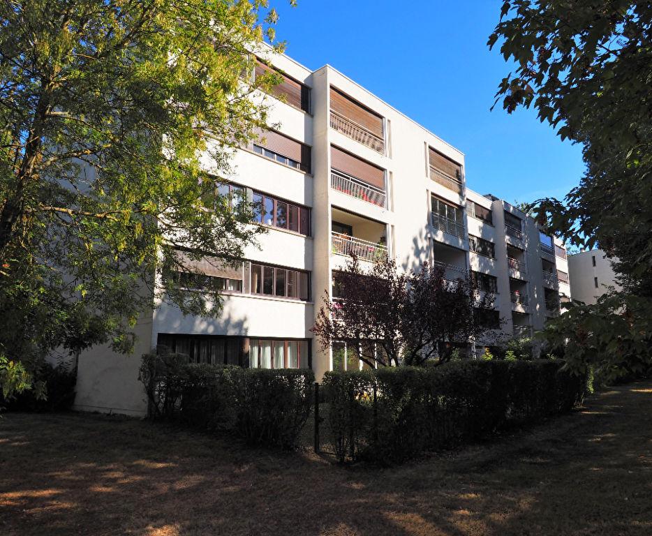 Vente appartement Vaux le penil 159500€ - Photo 8