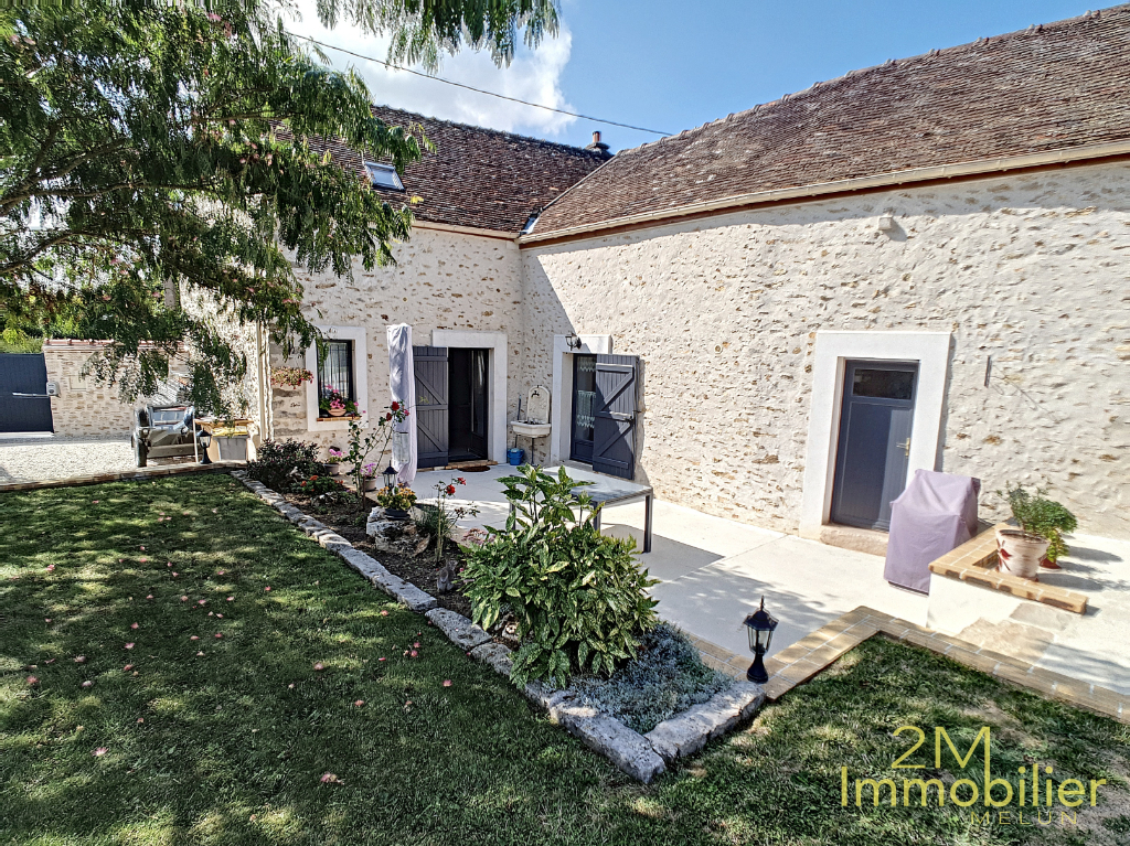 Sale house / villa Moisenay 349000€ - Picture 1