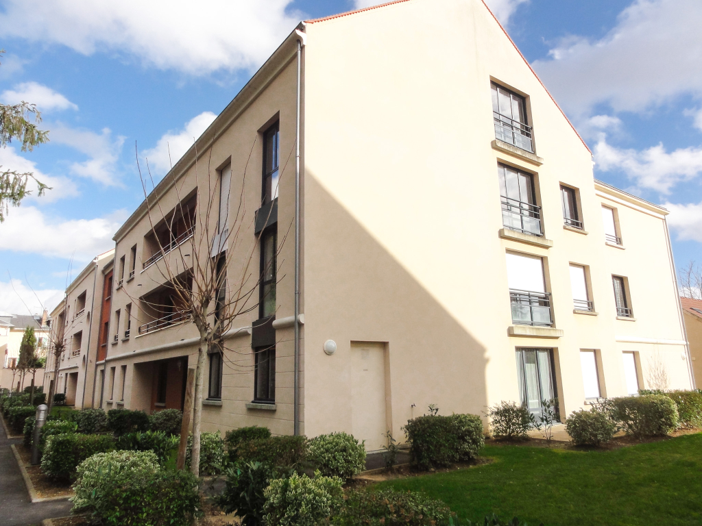 MELUN Préfecture Appartement de 3 pièces (85.83 m² au sol) avec
