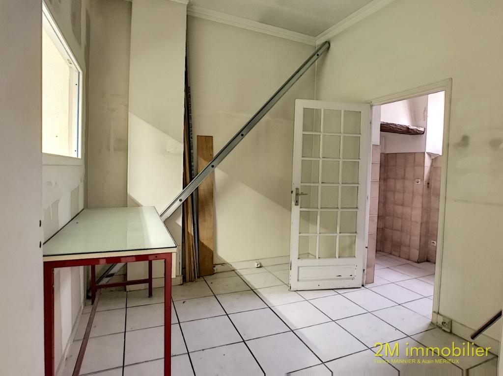 Sale empty room/storage Melun 229000€ - Picture 9