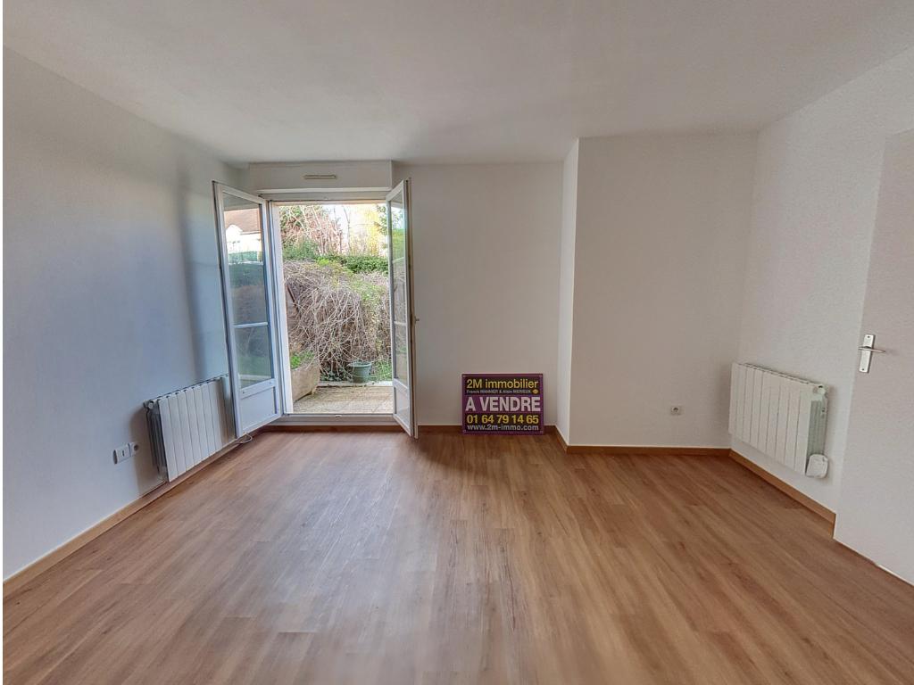 MELUN GARE Appartement 2 piéces avec Terrasse et Jardinet visite