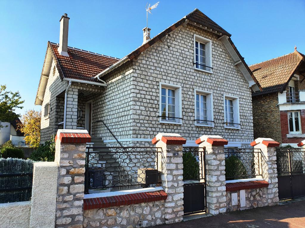 Sale house / villa La rochette 348000€ - Picture 1