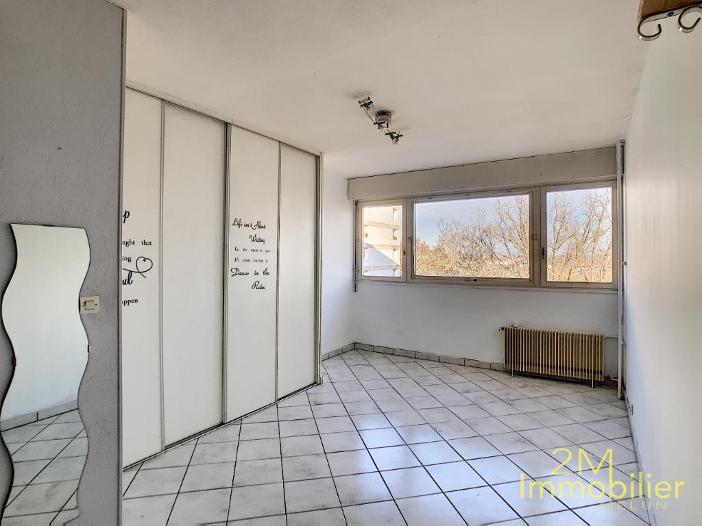 Appartement Melun 1 pièce 25.92 m2 avec Cave