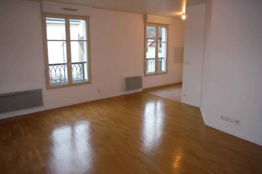 Location appartement Melun 750€ CC - Photo 4