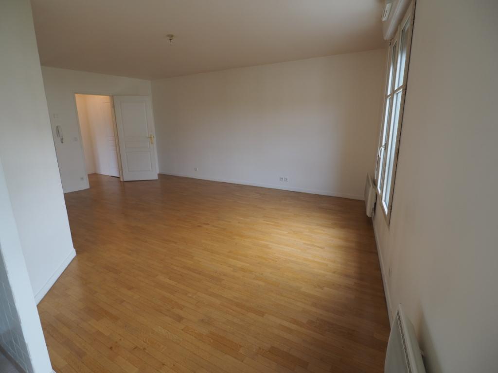 Location appartement Melun 750€ CC - Photo 5