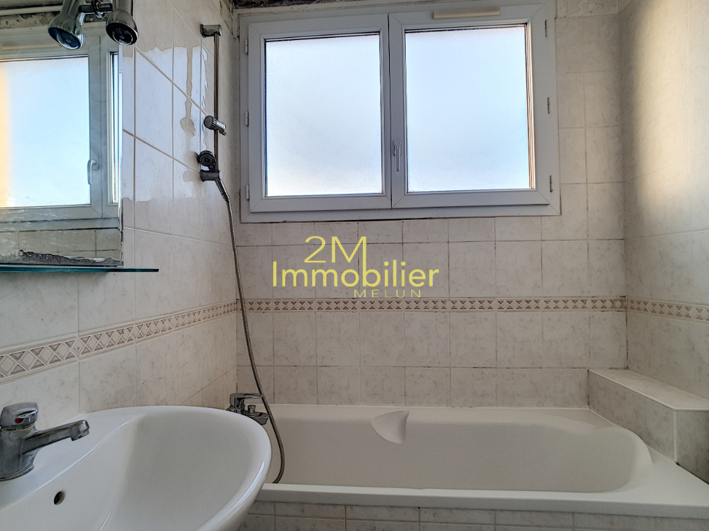 Sale apartment Melun 129000€ - Picture 4