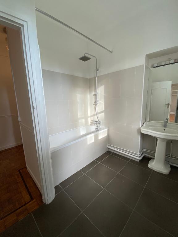Rental house / villa Maisons laffitte 4500€ CC - Picture 12