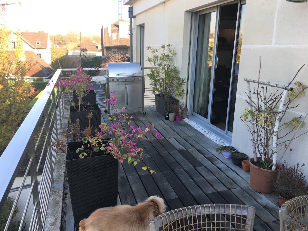 Sale apartment Maisons laffitte 1048000€ - Picture 1