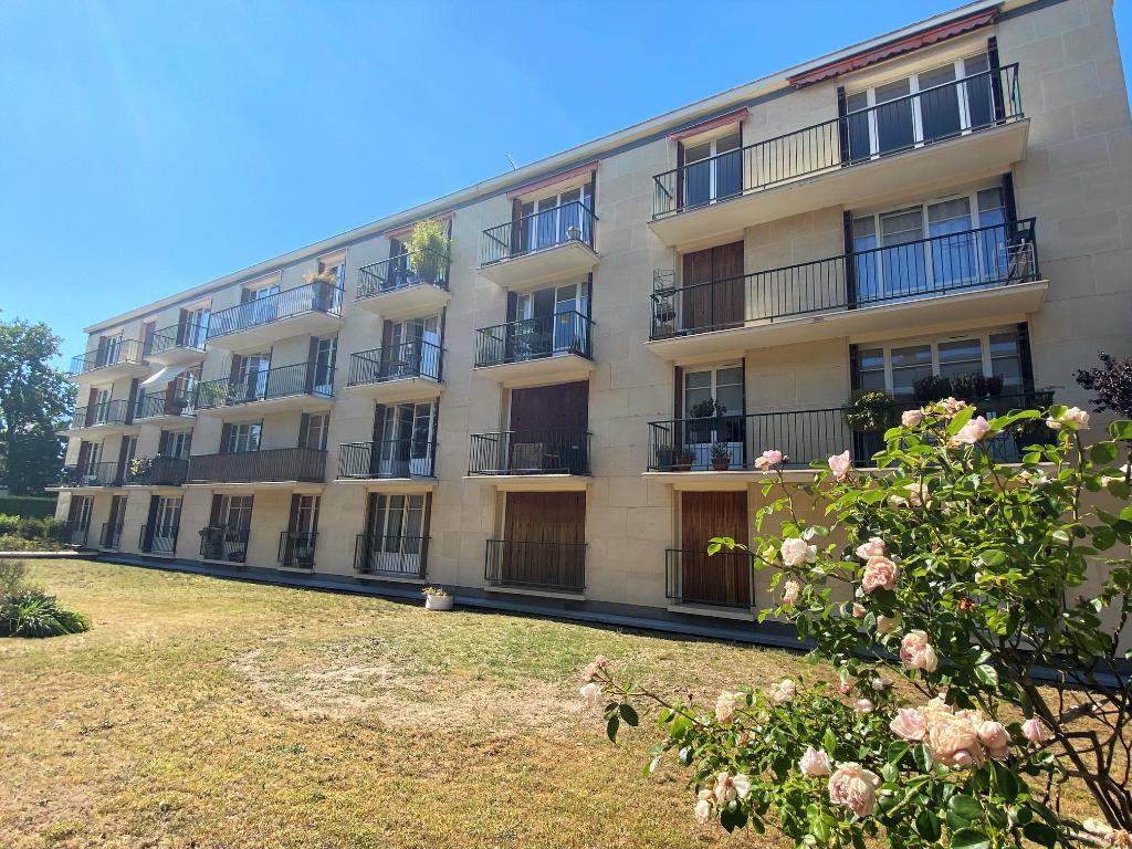 Sale apartment Maisons laffitte 349000€ - Picture 1