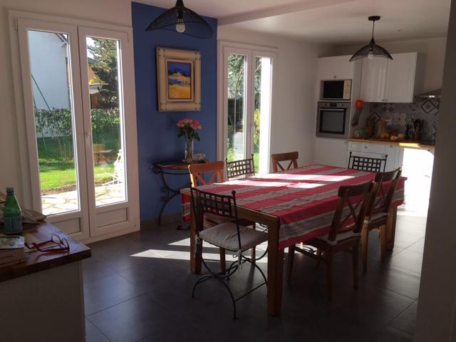 Sale house / villa Le mesnil le roi 1045000€ - Picture 4
