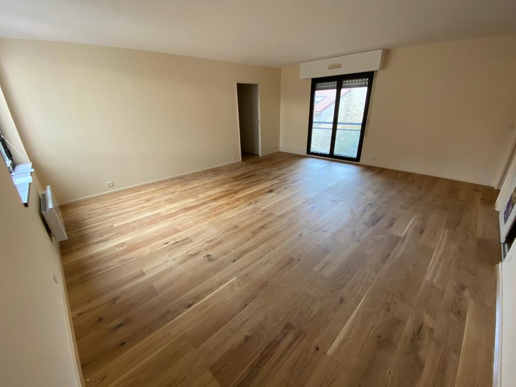 Rental apartment Maisons laffitte 1580€ CC - Picture 2