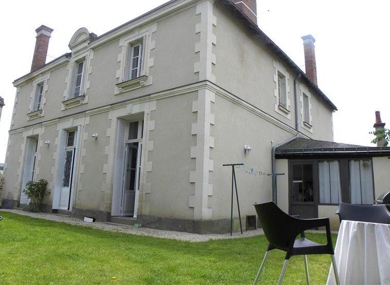 Sale house / villa Chateaubriant 289800€ - Picture 1