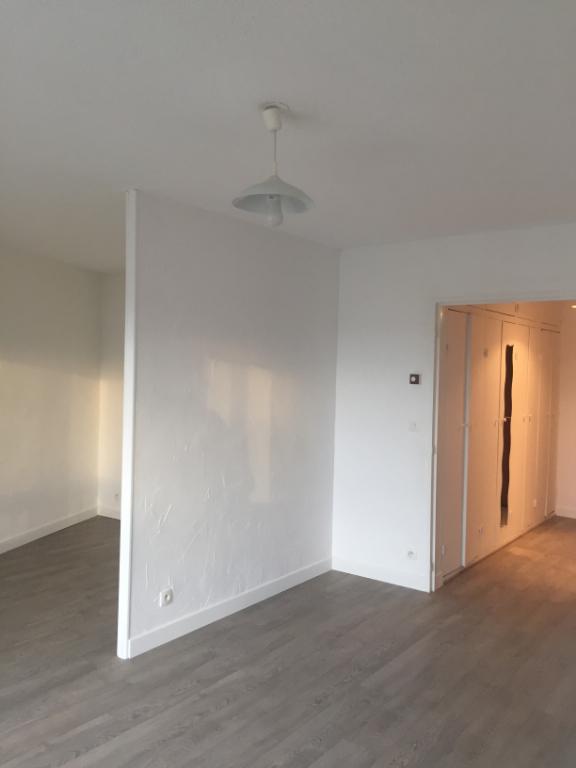 photo de Appartement Bordeaux 1 pièce(s) 37.34 m2