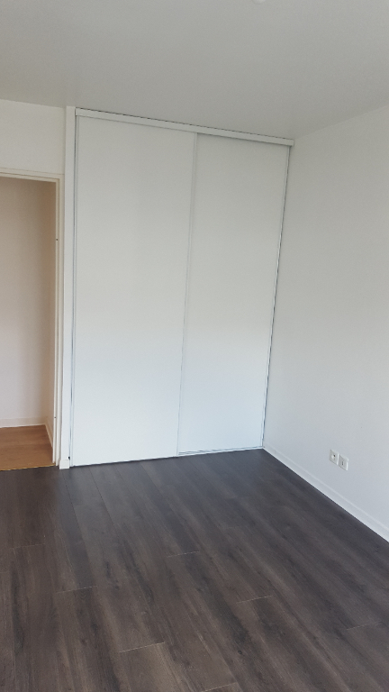 Rental apartment Carrieres sous poissy 1 045,66€ CC - Picture 4