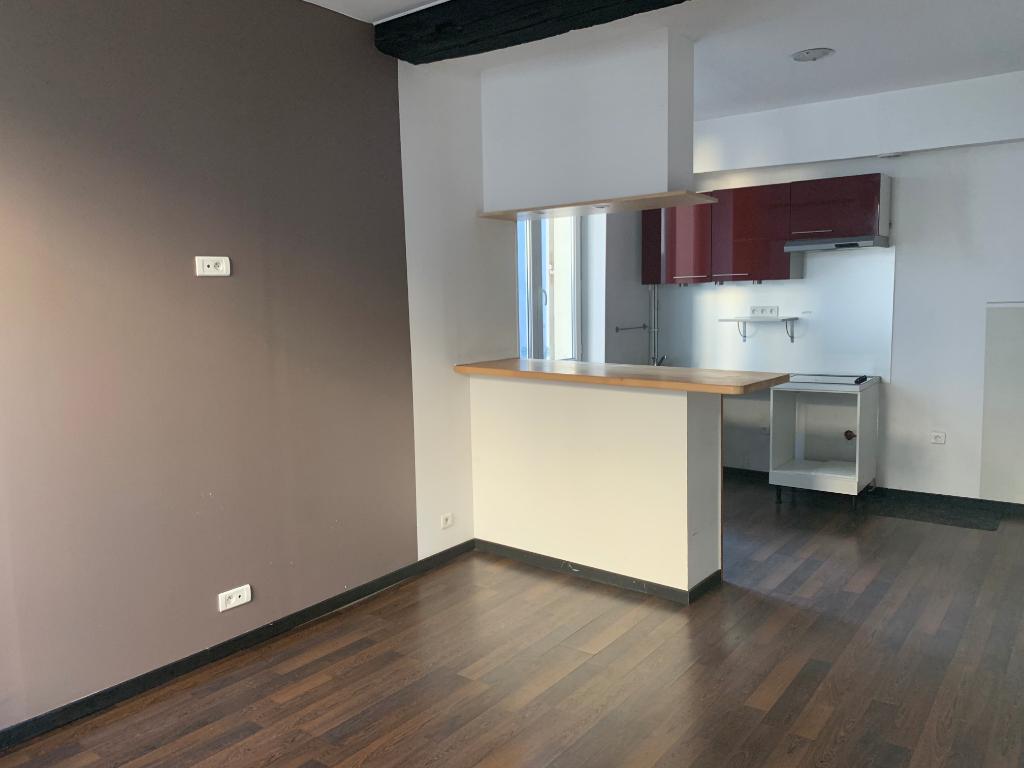 Rental apartment Pontoise 724,39€ CC - Picture 1