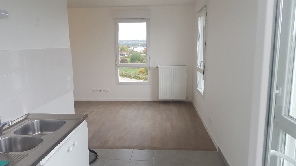 Location appartement Carrieres sous poissy 1 084€ CC - Photo 2