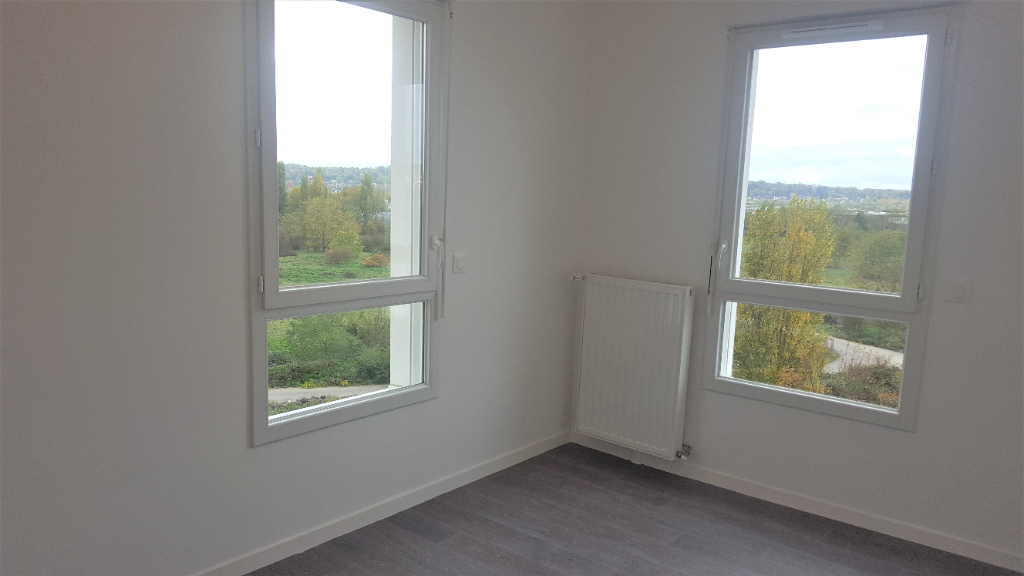 Location appartement Carrieres sous poissy 1 084€ CC - Photo 3