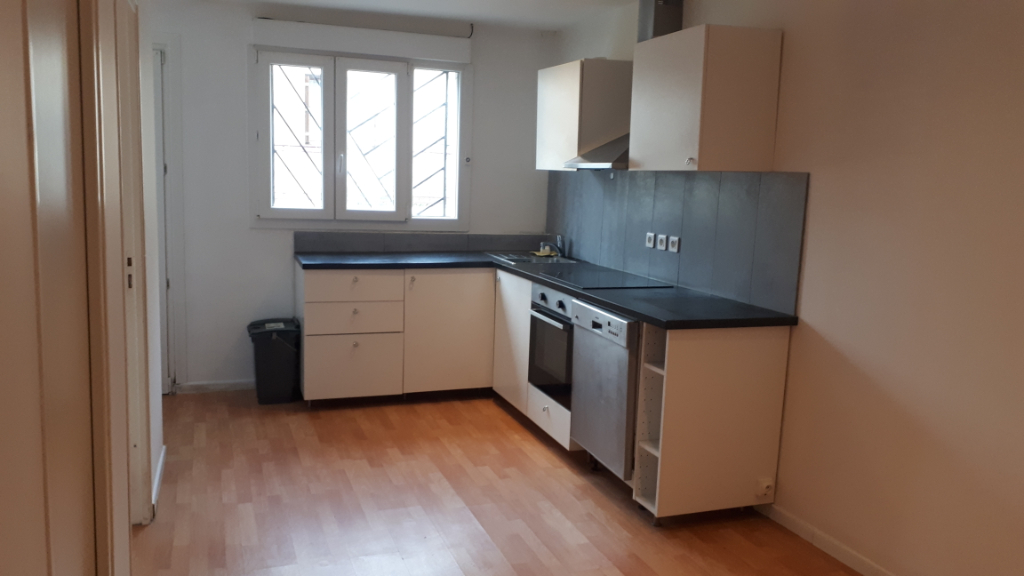 Location appartement Carrieres sous poissy 827,84€ CC - Photo 1