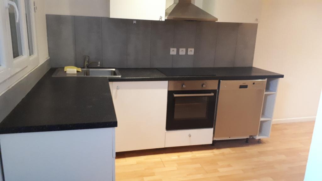 Rental apartment Carrieres sous poissy 827,84€ CC - Picture 2