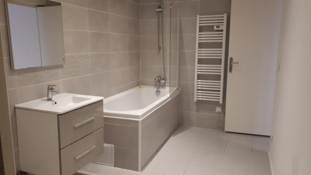 Rental apartment Carrieres sous poissy 827,84€ CC - Picture 3