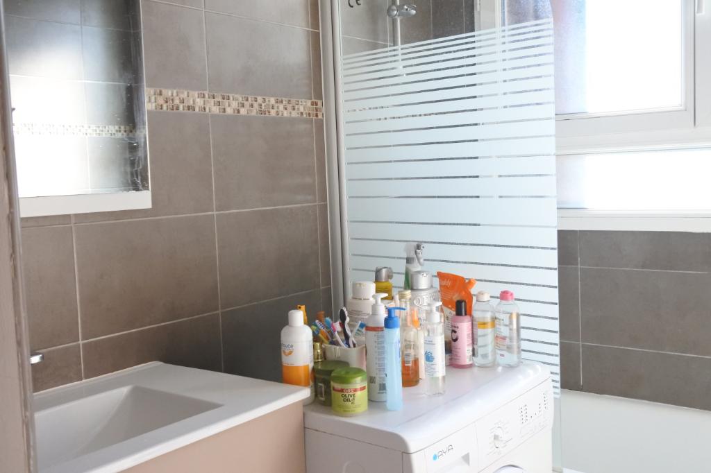 Sale apartment Franconville 169000€ - Picture 3