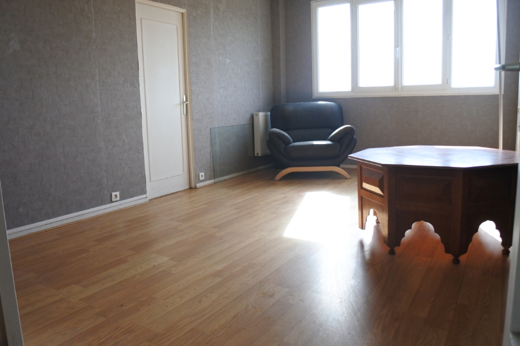 Sale apartment Franconville 157 000€ - Picture 1