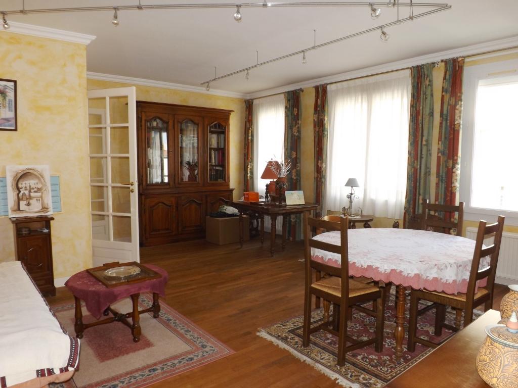Appartement Les Sables D Olonne 4 pièce(s) 115 m2