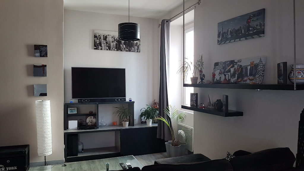 photo de APPARTEMENT T3 MEUBLE A L'ANNEE