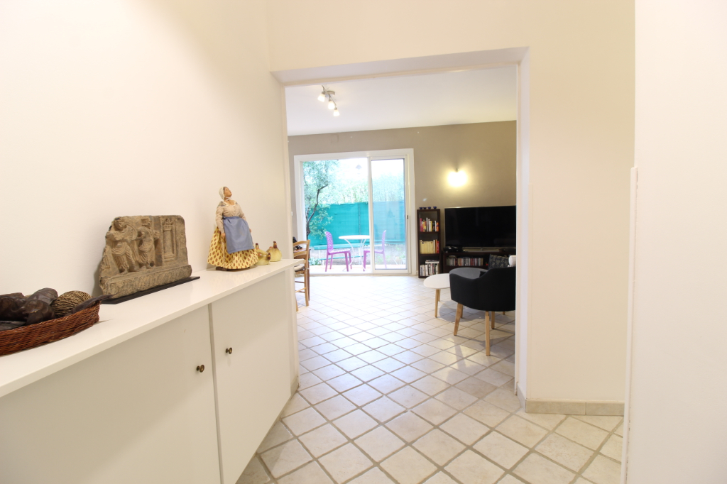 Vendita appartamento Hyeres 367500€ - Fotografia 3