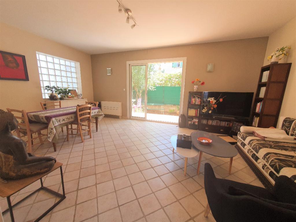 Vendita appartamento Hyeres 367500€ - Fotografia 5