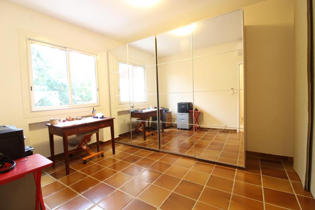Vendita appartamento Hyeres 367500€ - Fotografia 8