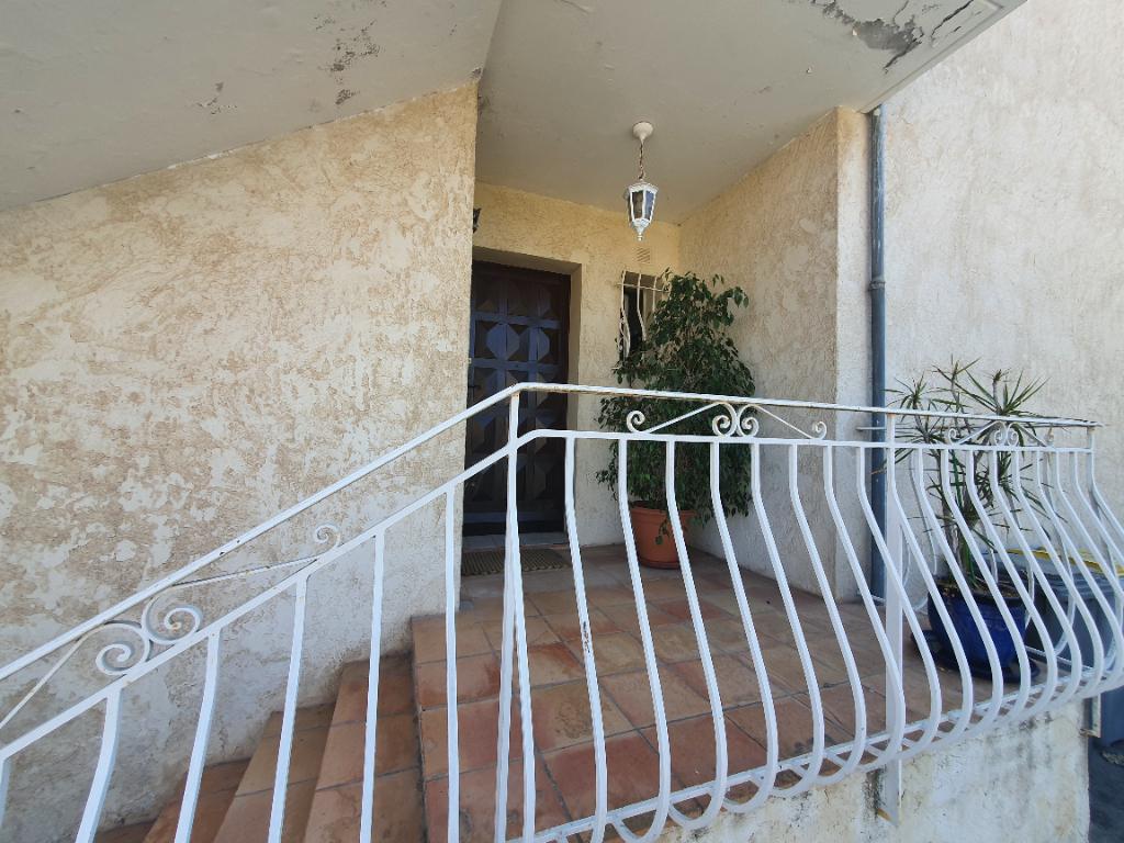 Vendita appartamento Hyeres 367500€ - Fotografia 13